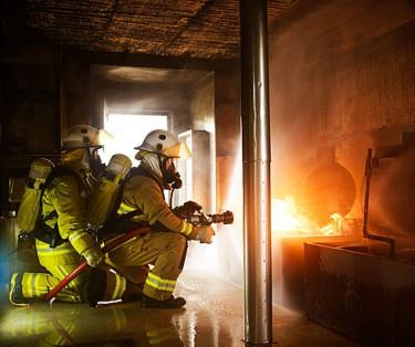 Advanced firefighting - उन्नत फायरफाइटिङ